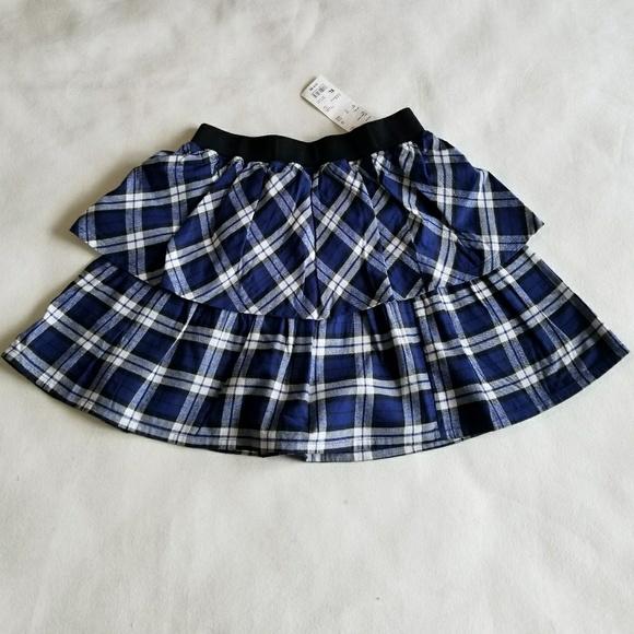 70f95a2226 Uniqlo Bottoms   Kids Girls Flannel Check Skirt   Poshmark